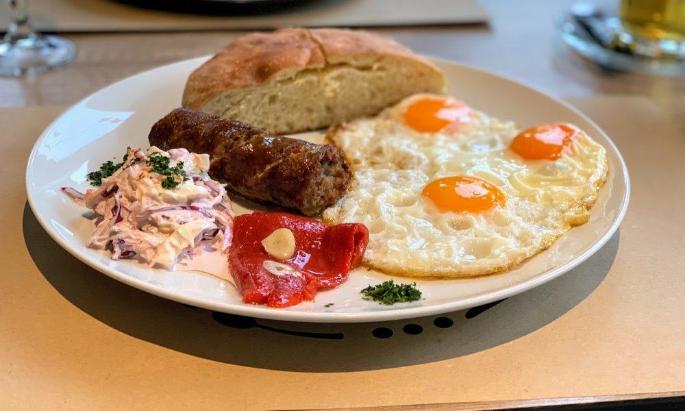 Srpski doručak u Marendi