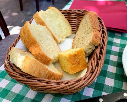 Hleb, crni hleb, proja